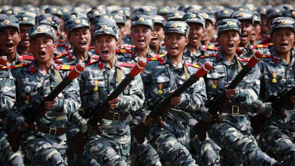 Korea Północna: miliony ochotników chcą wstąpić do armii