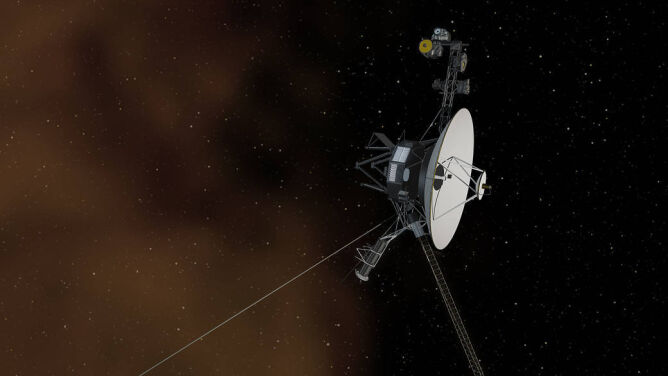 """Voyager 1 wykrył """"uporczywy szum"""" <br />poza Układem Słonecznym"""