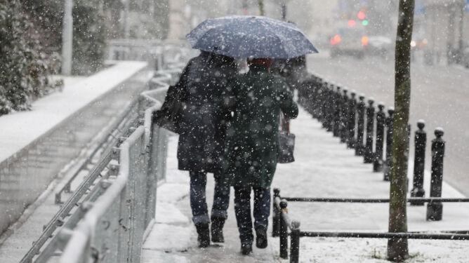 Pogoda na dziś: wiatr, burze, <br />a na dokładkę śnieg